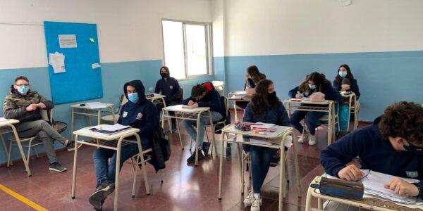 Escuela-2021-Secundario-Regreso-a-clases-Julio-02