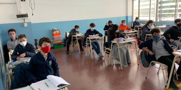 Escuela-2021-Secundario-Regreso-a-clases-Julio-03