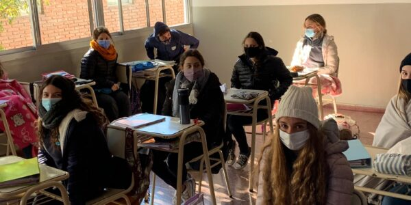 Escuela-2021-Secundario-Regreso-a-clases-Julio-06