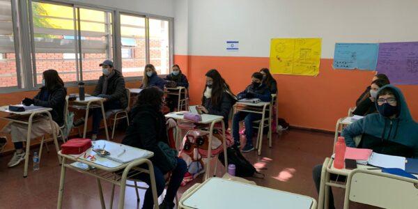 Escuela-2021-Secundario-Regreso-a-clases-Julio-07